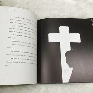 Vintage Accents - The Cross Christian Book